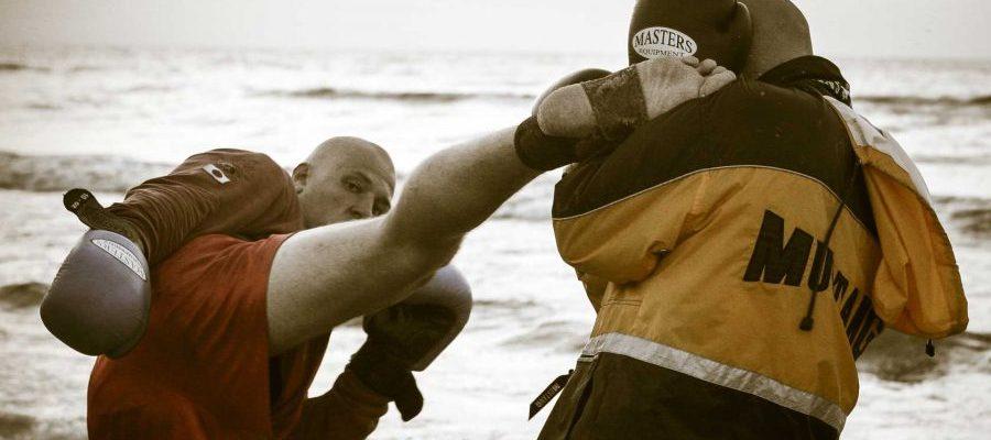 Obóz sportowy Rogowo 2006 trening na plaży