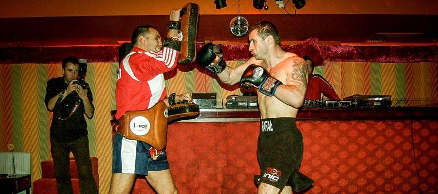 Pokaz Muay Thai w Lemoniadzie 2007. Trening na tarczach Pao