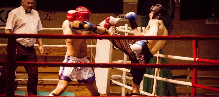 Puchar Polski Kickboxing Low-kick, Milicz 2006. Atak high-kickiem Marcina Bachórza