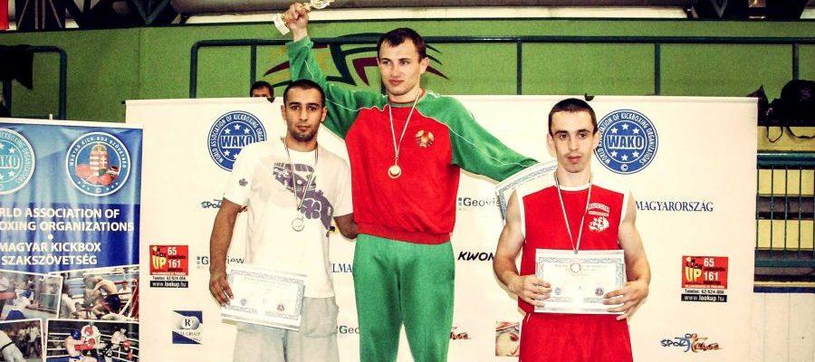 Puchar Świat WAKO w Kickboxingu Szeged 2010. Batrosz Batra Nna podium Pucharu Świata w Kickboxingu