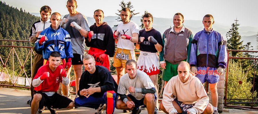 Zgrupowanie Kickboxing i Muay Thai Przechyba-2006-05-kadra-w-schronisku