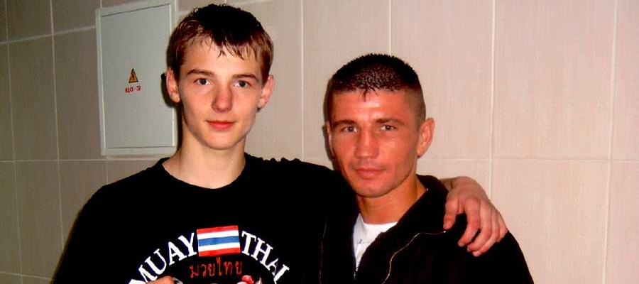 Gala w Kickboxingu i Muay Thai Grodno Białoruś 2007. Tomasz Makowski podczas Gali Kickboxingu i Muay Thai w Grodnie